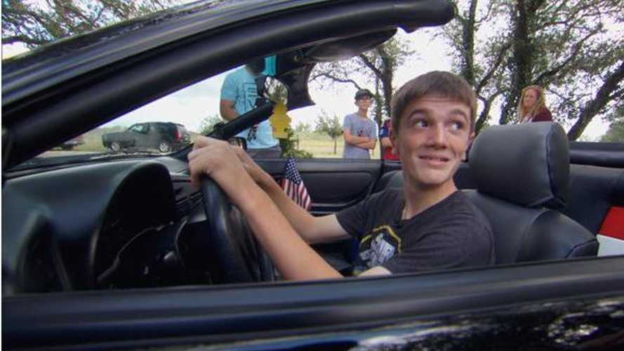 Feel good Monday: Son reunited with war hero father's lost car