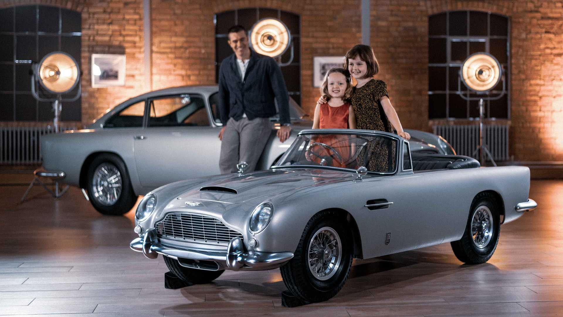 Aston Martin Db5 Junior Is A Vintage Styled Ev For Kids