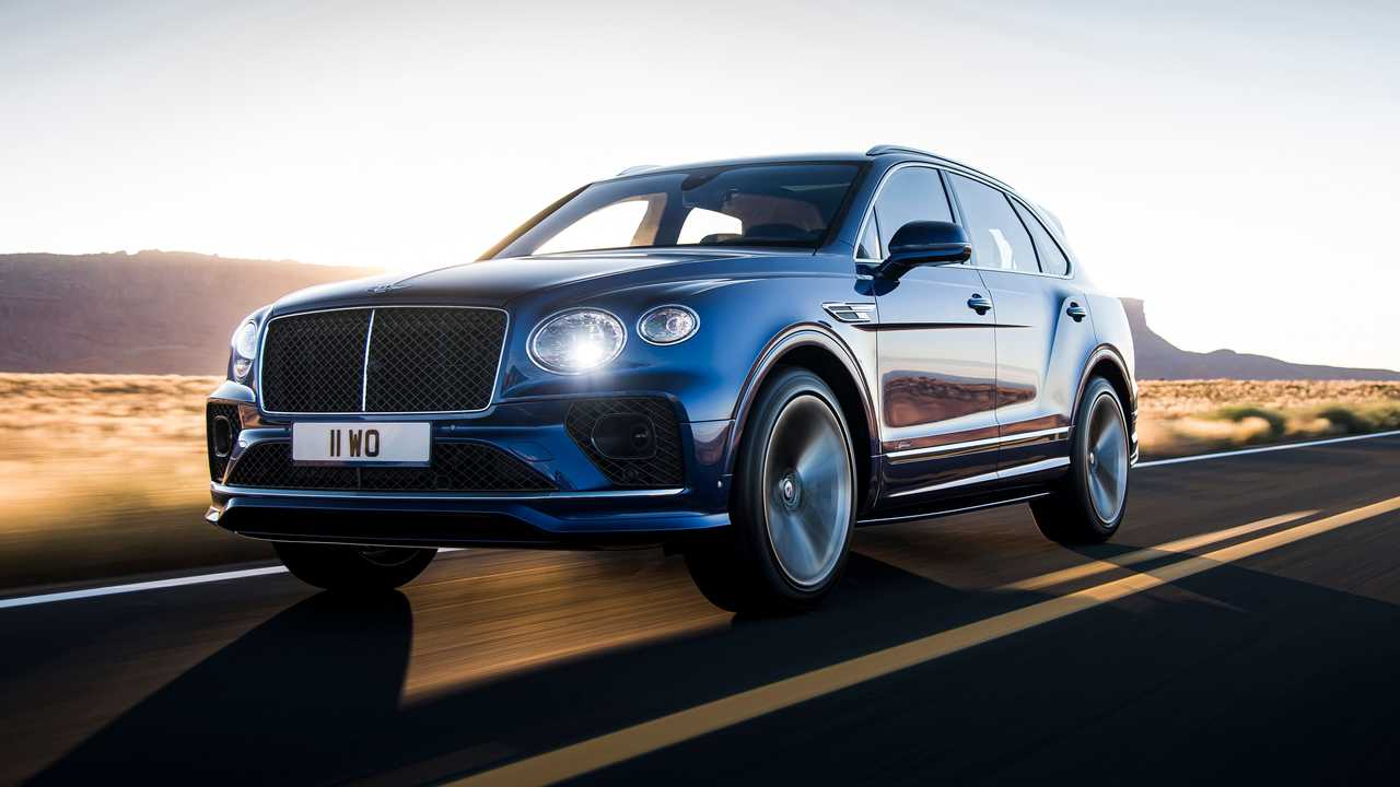 2021 Bentley Bentayga Speed In Motion