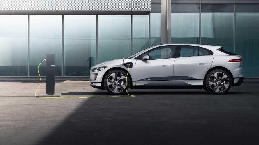 Jaguar e Land Rover, le elettrificate si ricaricano con Enel X