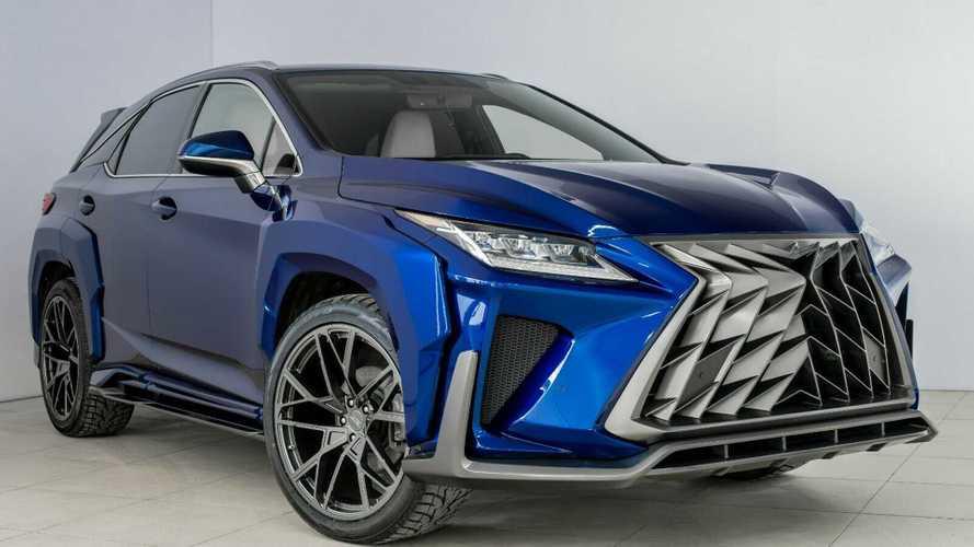 Sıradışı modifiyeli Lexus RX ile Lexus NX'e bir göz atın
