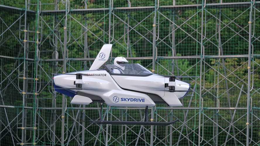 In Giappone non scherzano: l'auto elettrica volante funziona davvero