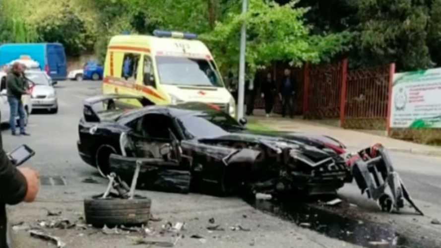 В Сочи в ДТП погиб редкий тысячесильный Dodge Viper