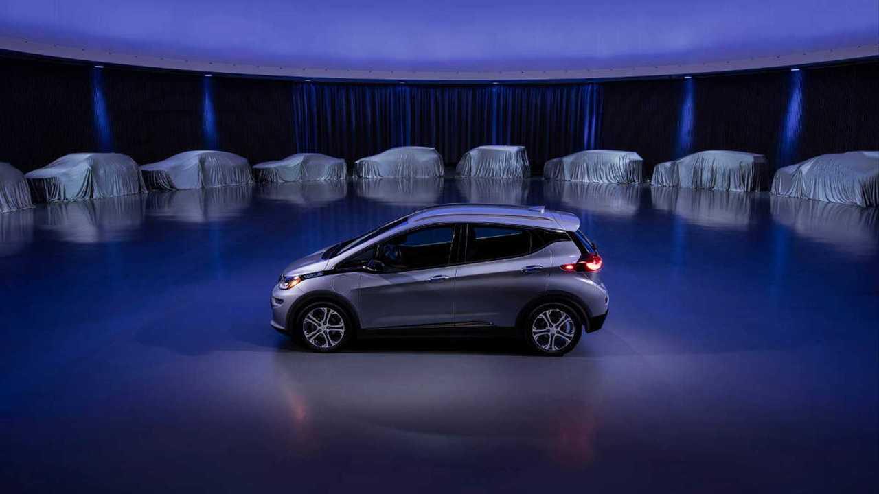 GM готовит электрическое спорт-купе