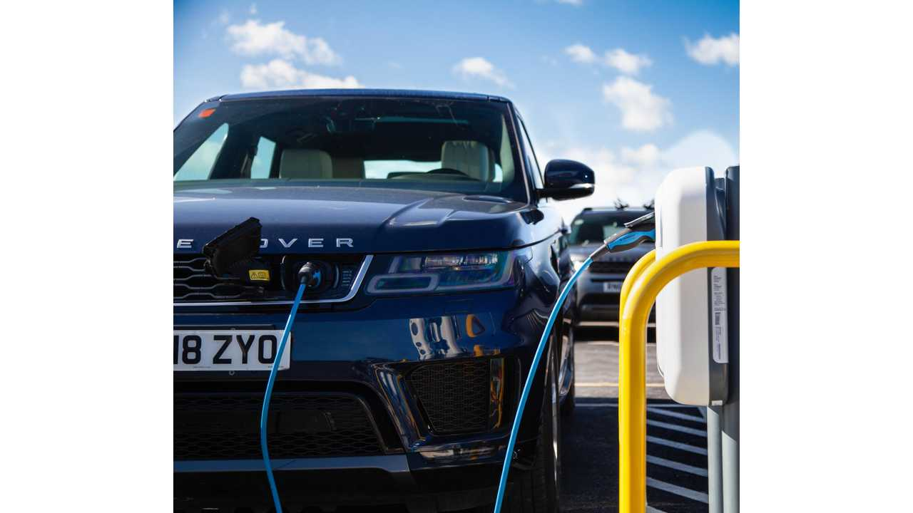 Land Rover - charging