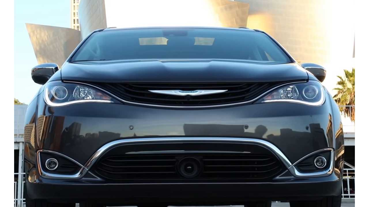 Chrysler Pacifica Hybrid: Impressive 32 MPG, With 36 Miles Electric City Range