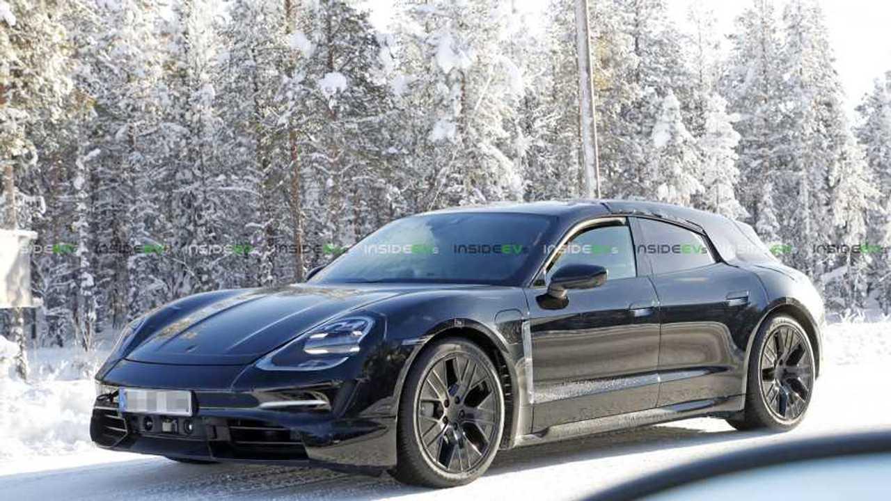 Porsche-Taycan-Sport-Turismo-spy-photo-1