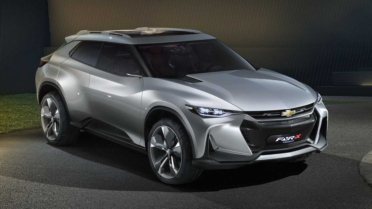 Chevrolet FNR-X Plug-In Hybrid Impresses Us, But It's Just A Concept