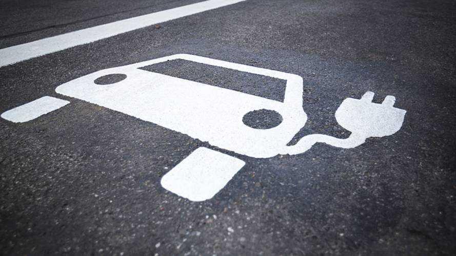 UK Announces Electric Car Battery Development Funding Plan