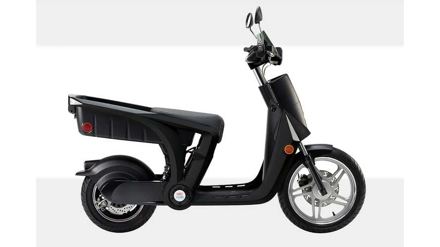 Mahindra GenZe Electric Scooter Makes Debut In U.S.