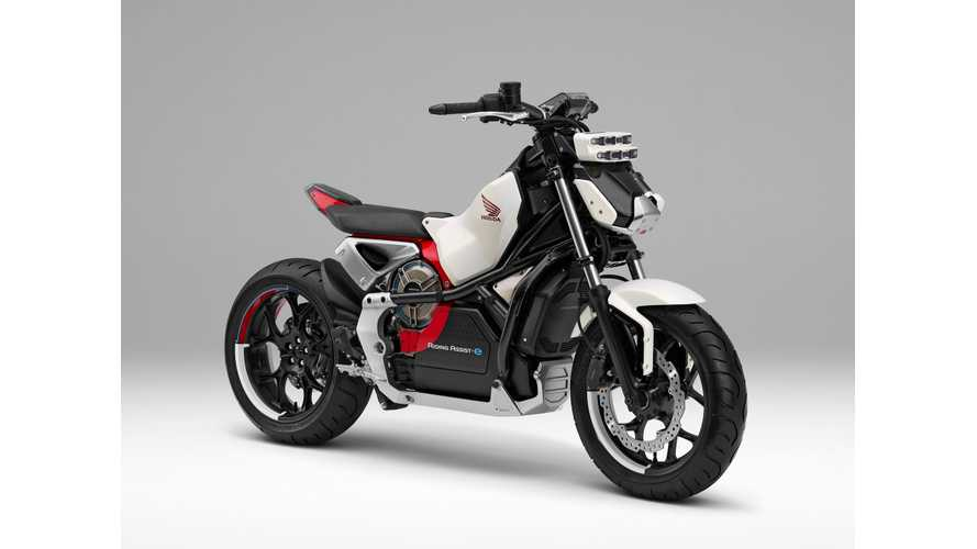 Honda's New Electric Motorcycle Stands On Its Own