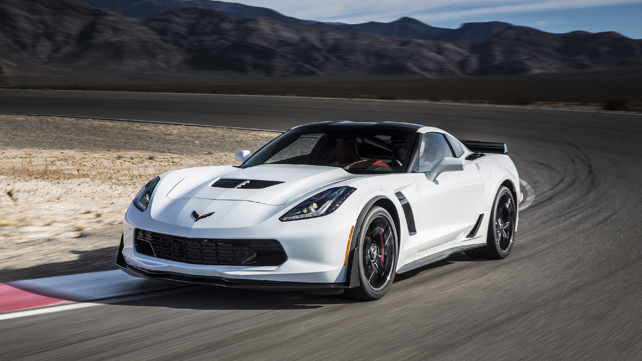 Chevy Says There Are Fewer Than 2,600 Corvette C7s On Dealer Lots