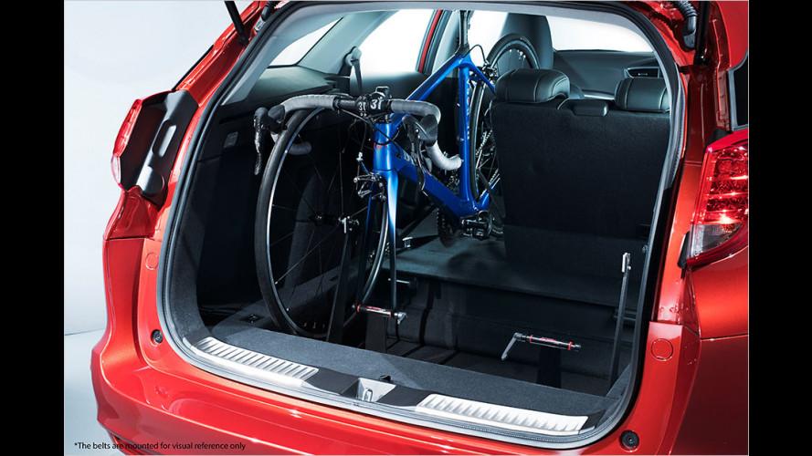 Honda Civic: Zwei Fahrräder im Kombi