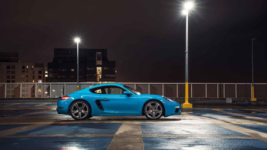 В Porsche забили тревогу из-за трёх спорткаров