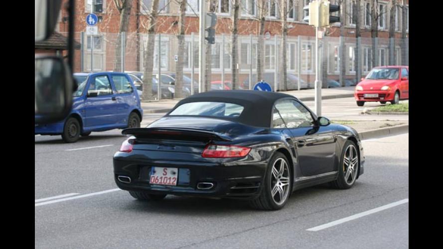 Endlich offen: Der Porsche 911 Turbo nimmt die Mütze ab