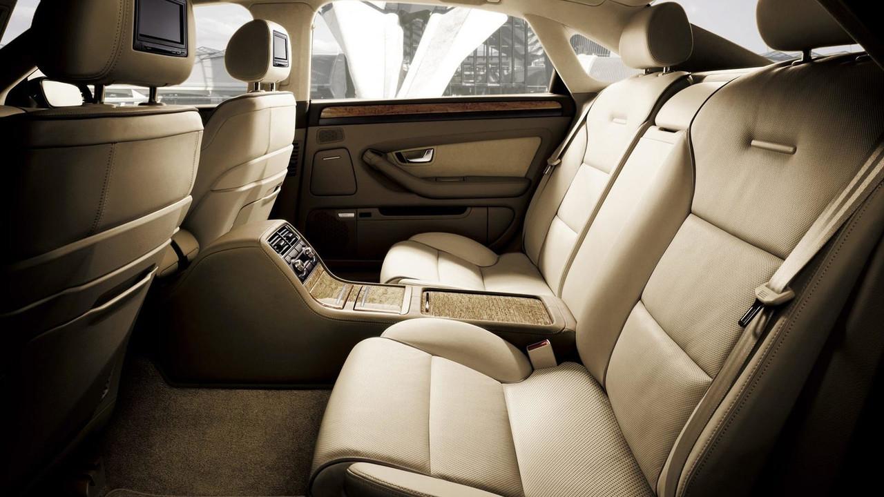 Audi A8 D3 2072391