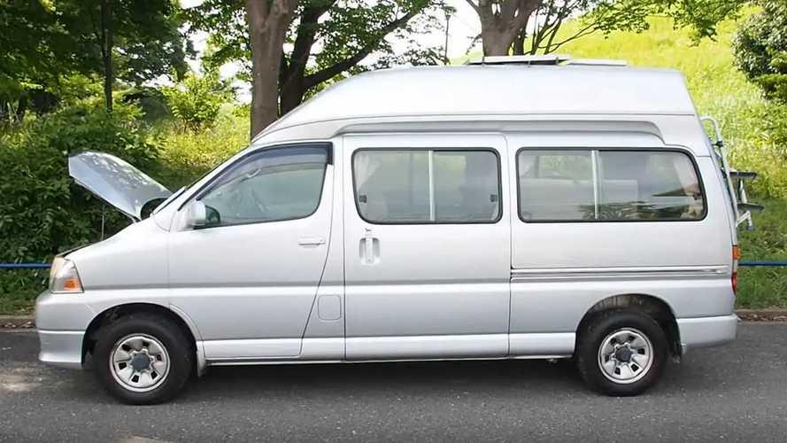 2004 Toyota Grand HiAce camper
