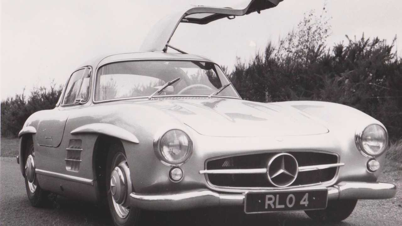 Top 10 Gullwing Cars