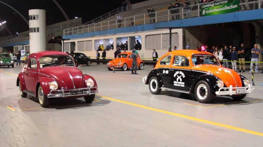 Noite do Fusca celebra história do besouro no Sambódromo de São Paulo