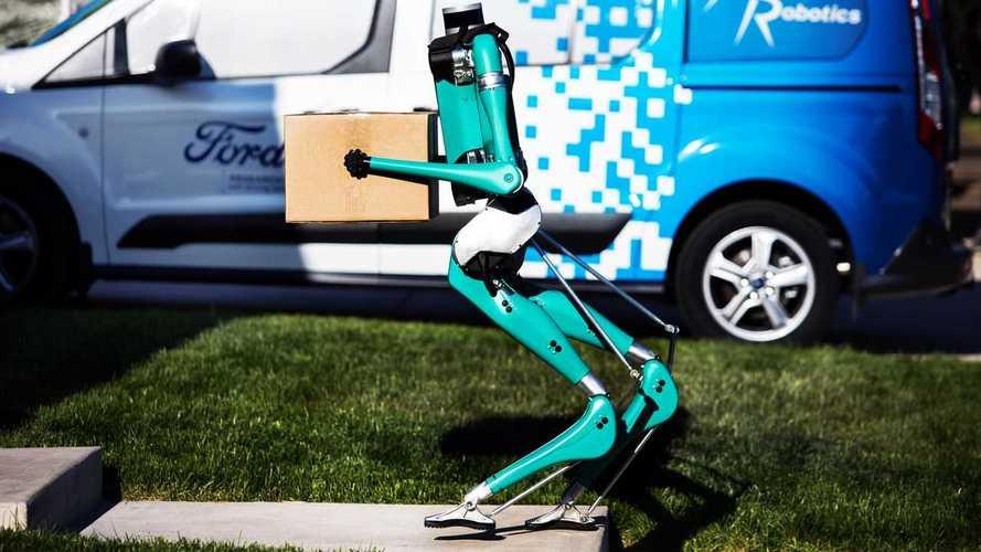 Ford sviluppa il robot per la guida autonoma