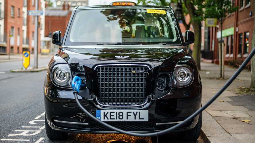 Government cuts tax on electric taxis in bid to increase uptake