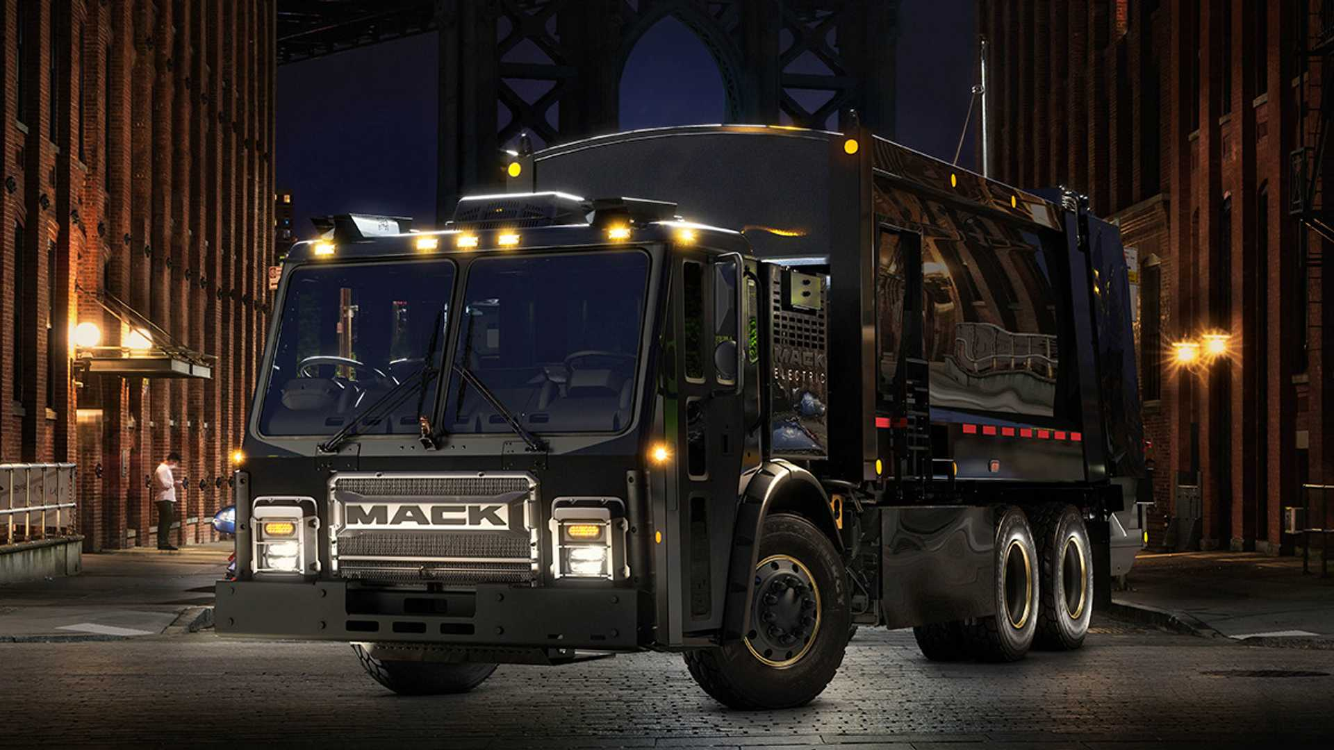 Mack LR Electric