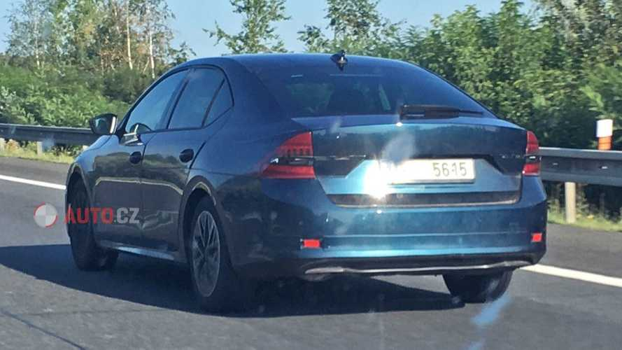 2020 Skoda Octavia hatchback spy photos