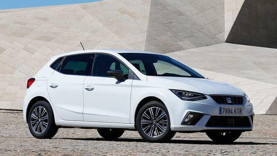 Októberben is nőtt a forgalomba helyezett új személygépkocsik száma
