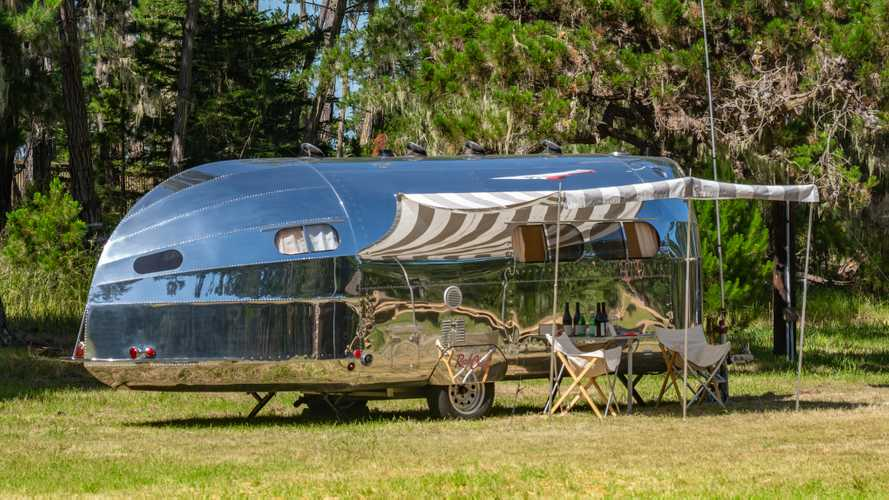 Bowlus Road Chief Endless Highways Is Ready For Off-The-Grid Living