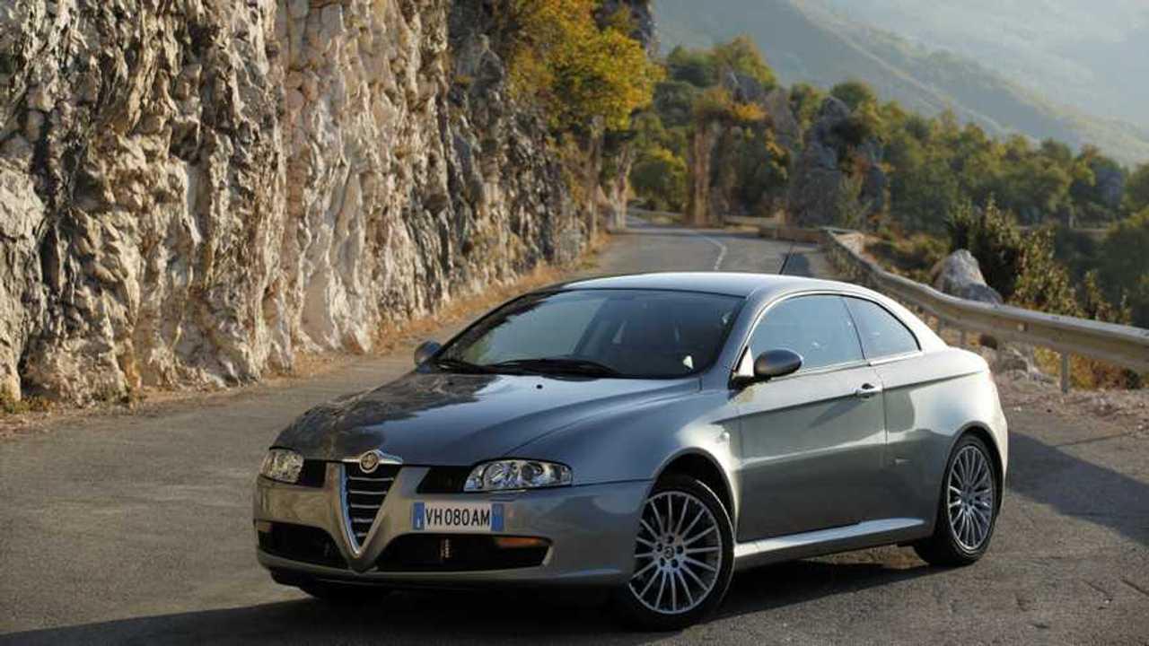 Alfa Romeo GT, le foto storiche