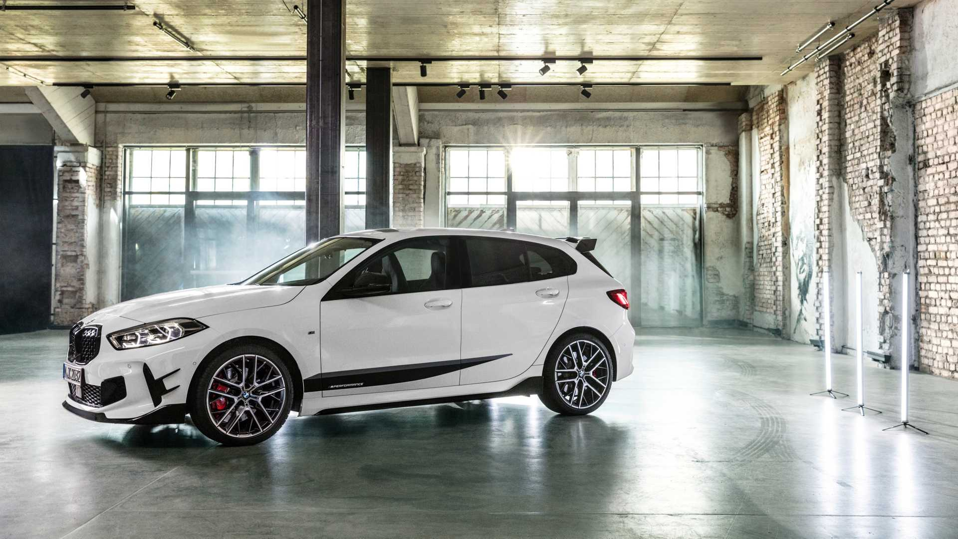 2020 BMW 1 Serisi M135i xDrive ile M Performans Parçaları