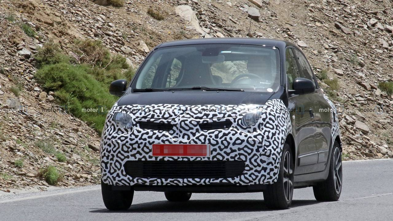2019 Renault Twingo facelift spy photo