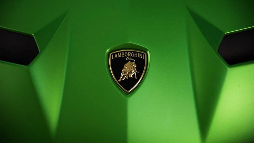 Lamborghini'nin genç bir hayranına yaptığı sürprizi izleyin