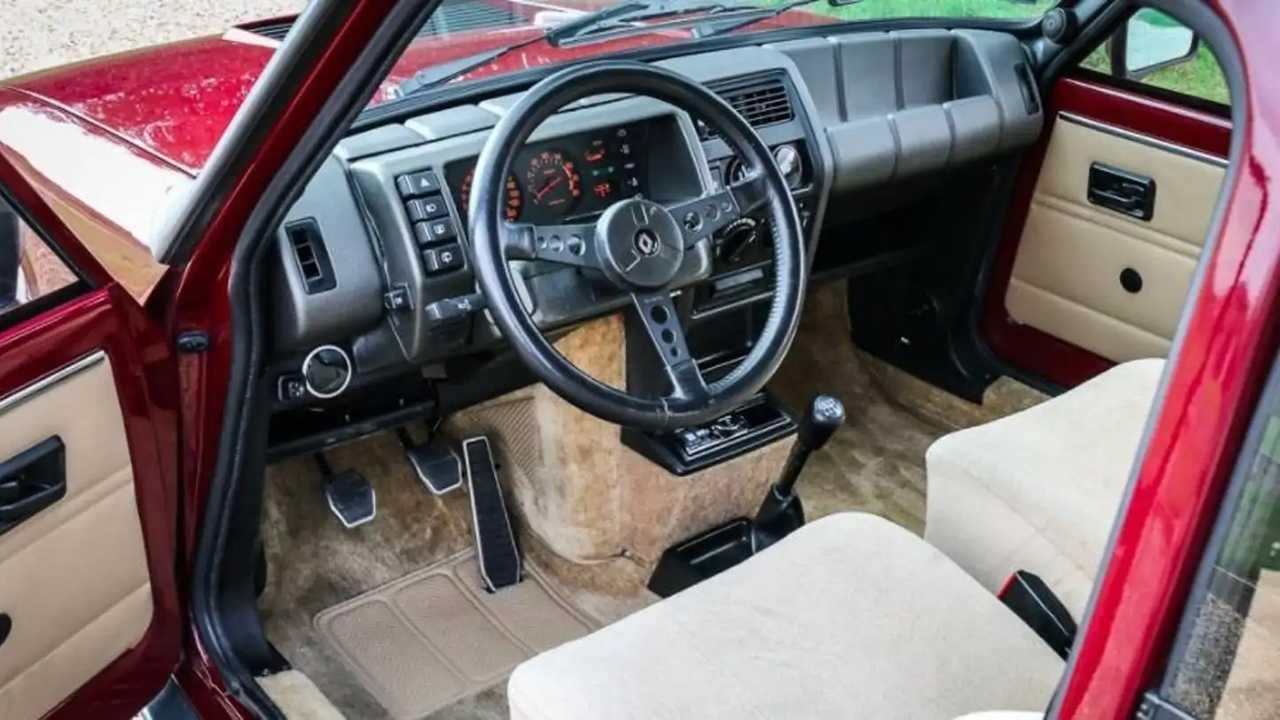 Intérieur Renault 5 GT Turbo 2