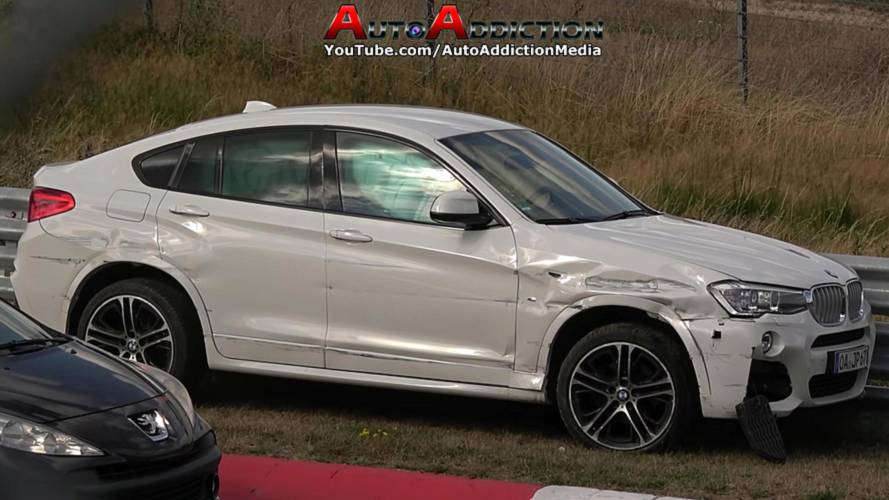 BMW X4 crashes twice in the same corner at the Nürburgring