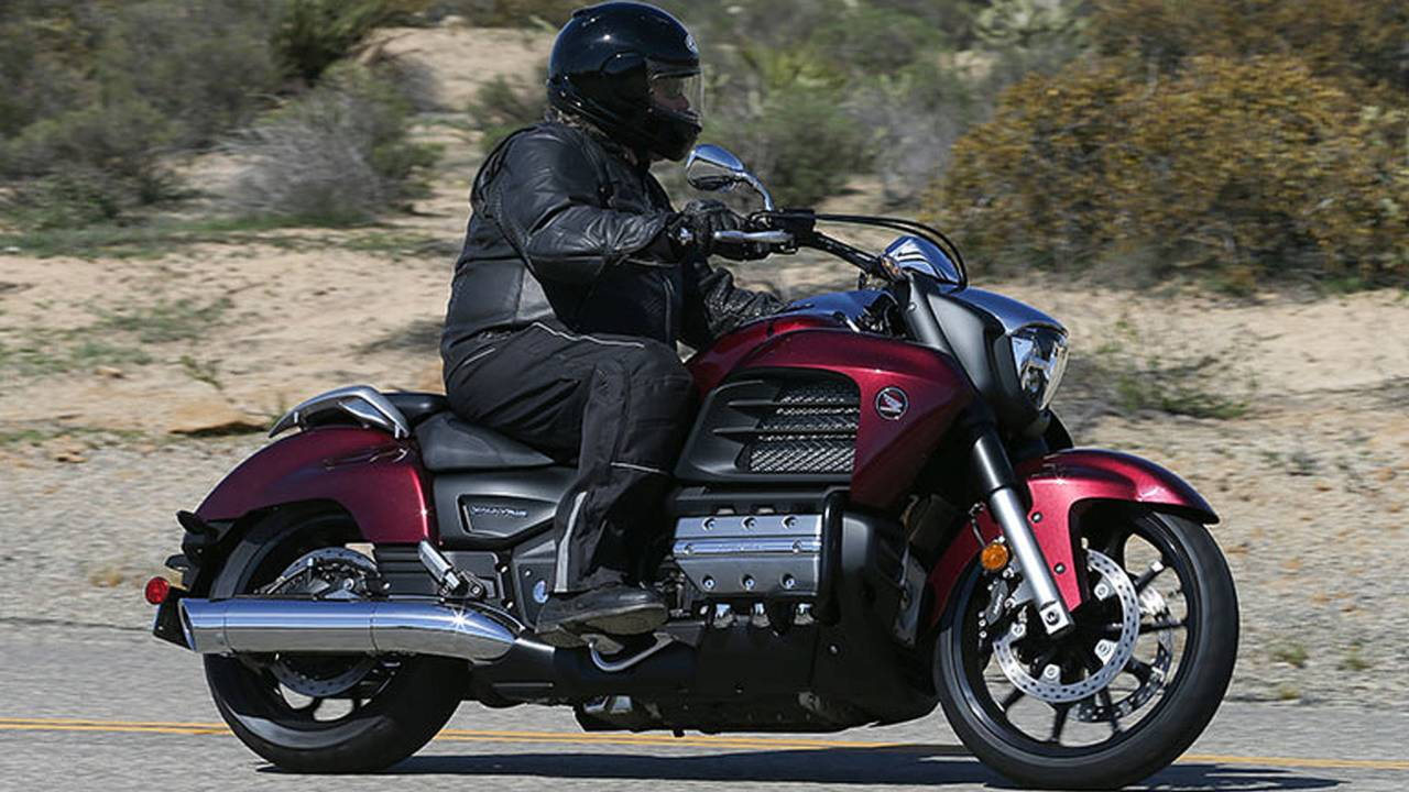 Review  2014 Honda Gold Wing Valkyrie