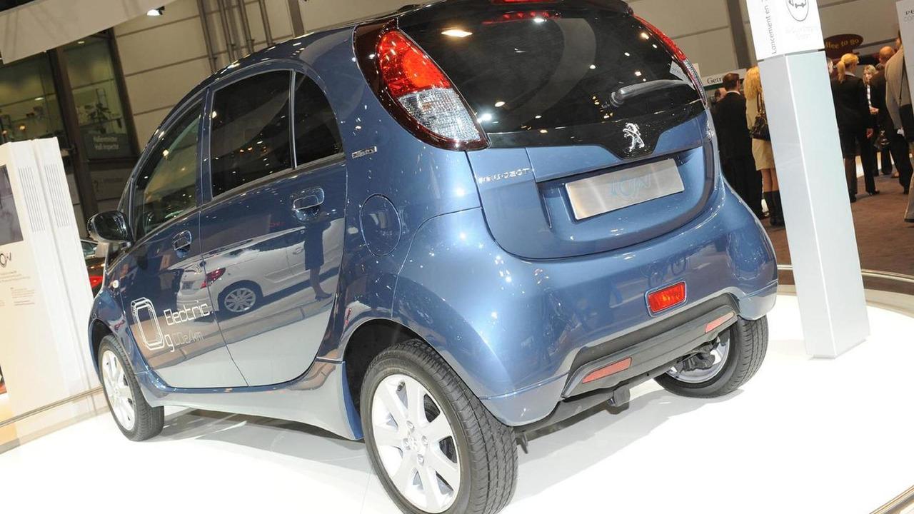 Citroen C-Zero et Peugeot iOn