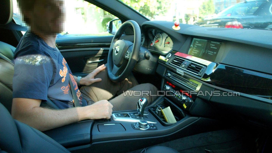 BMW M5 F10 clearest interior spy photo yet