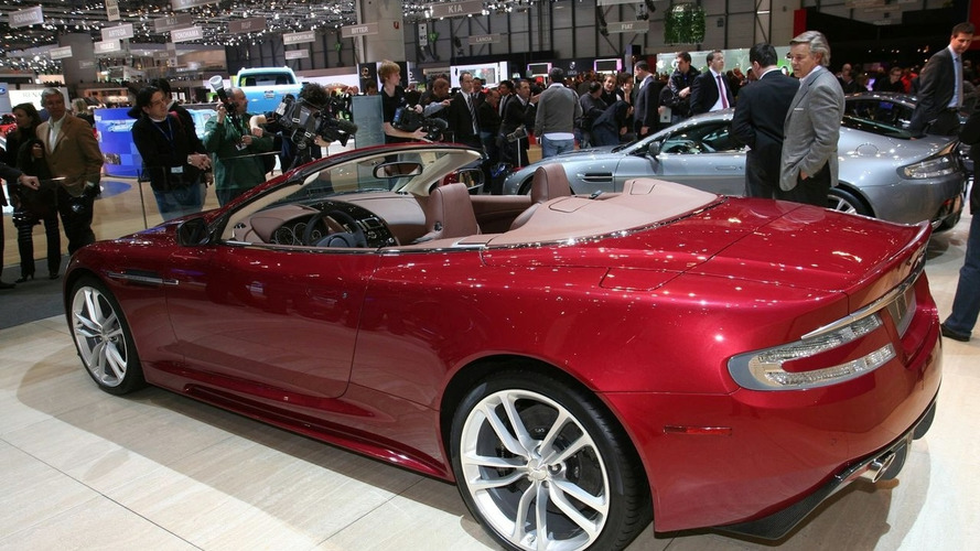 Aston Martin DBS Volante Revealed
