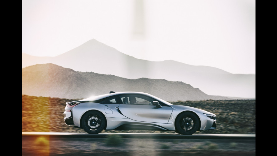 BMW i8, al Salone di Los Angeles con piccole novità