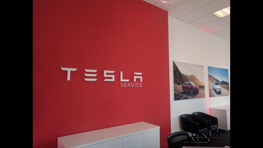 Anche le Tesla si riparano, ma solo a Milano