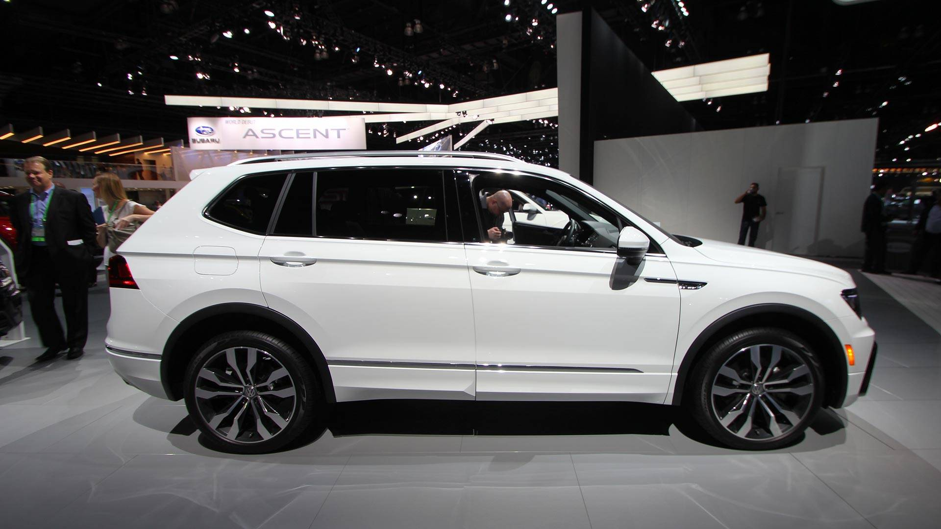Volkswagen Debuts Stylish R Line Trim For 2018 Tiguan