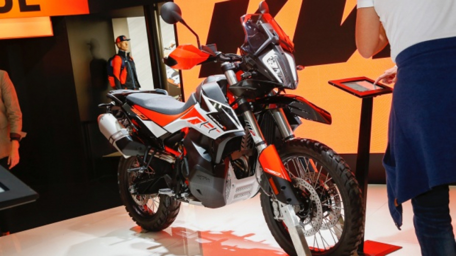 KTM 790 ADVENTURE e ADVENTURE R: la nuova off-road bike ad EICMA 2018