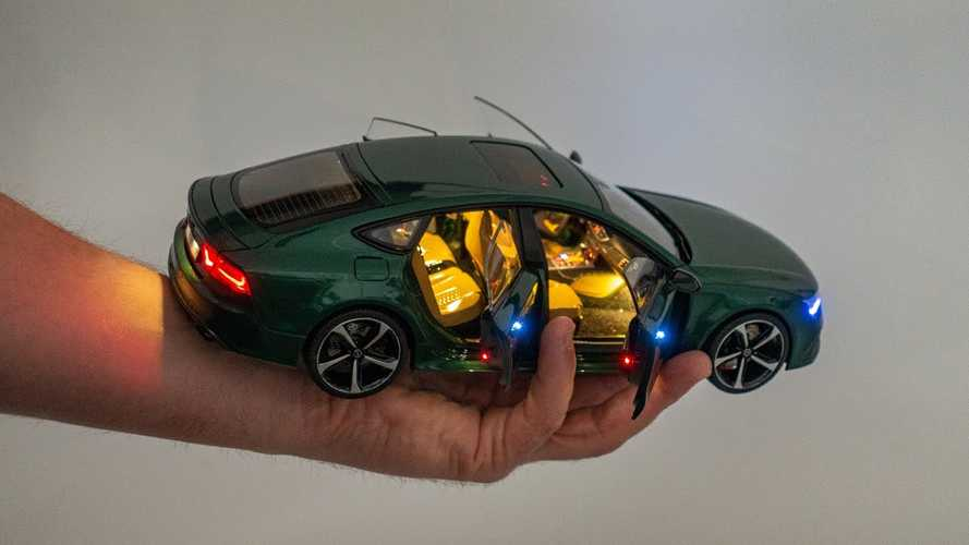 Audi RS7 Diecast Model Car Is Incredibly Detailed