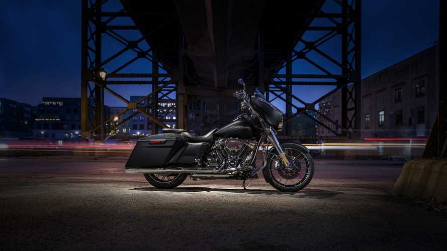 Harley Goes All-In With New Performance Bagger Components