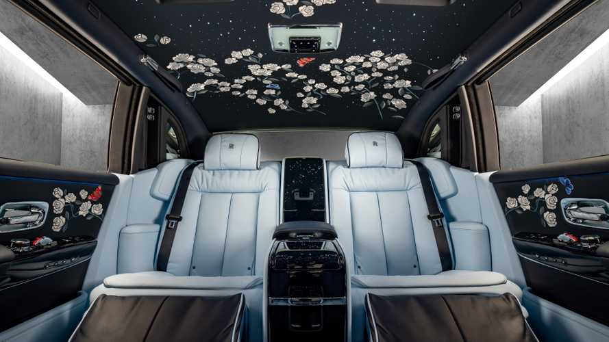 1 Million Stitches Turns This Rolls-Royce Phantom Into A Rose Garden