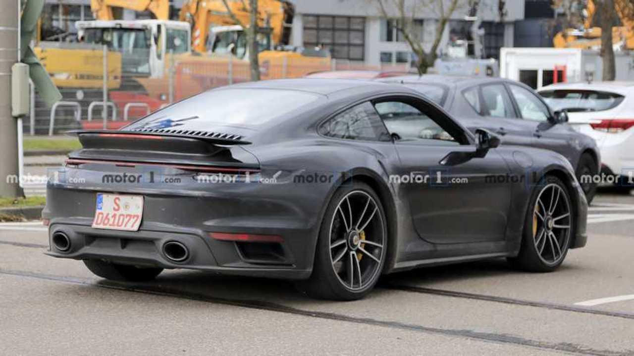 Porsche 911 Turbo yeni casus fotoğraf