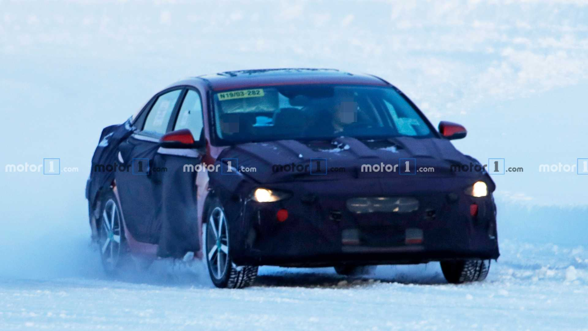 Hyundai Elantra Spy Photo