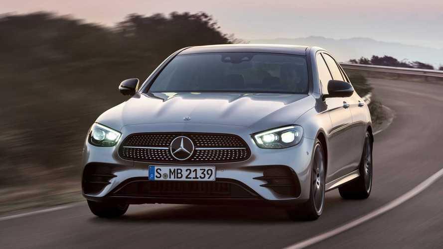 Mercedes-Benz Classe E ganha reestilização e conectividade MBUX