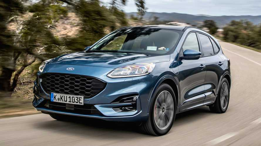 Ford Kuga ST-Line X Plug-In Hybrid (2020) On Location